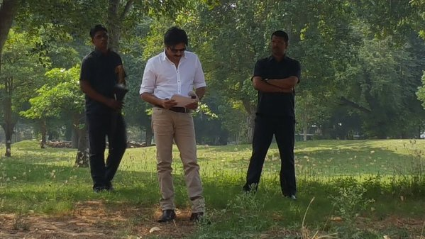 Pawan Kalyan going through his script on SARDAR location in Gujarat