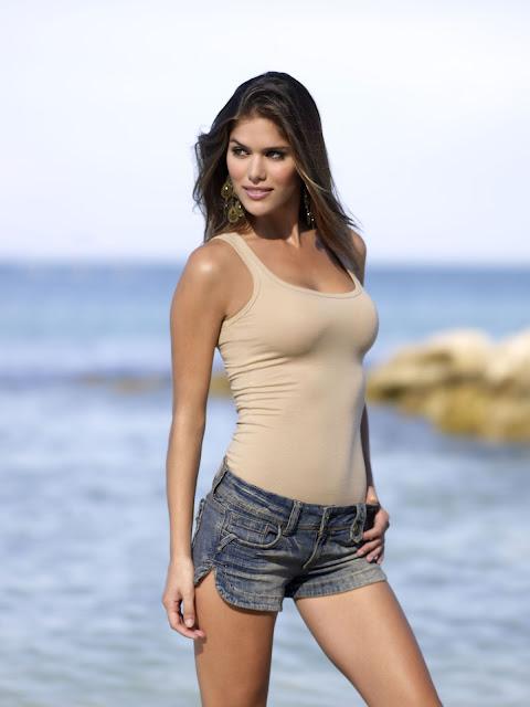 Anahi Gonzales Hot