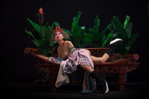 Sexy Chinese Opera