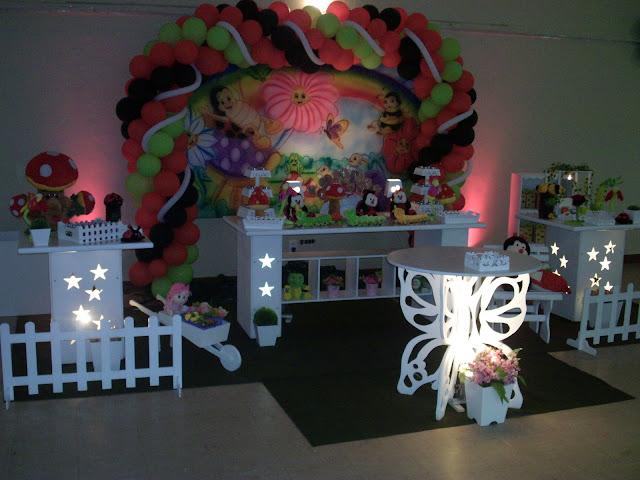 decoração provençal de mesa de aniversário infantil - Jardim Encantado