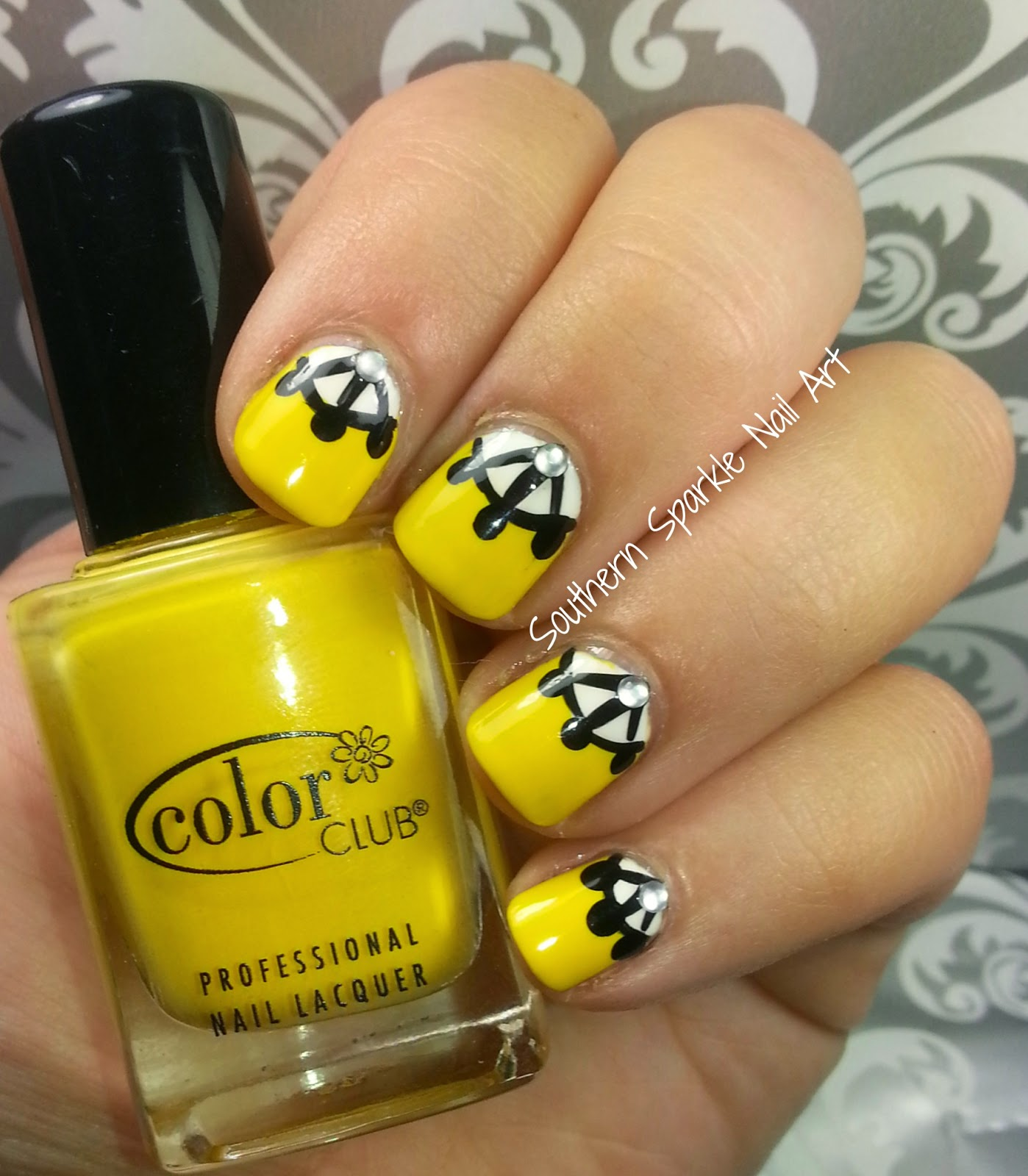 Manis & Makeovers: Twinsie Thursday - Half Moon Manicure