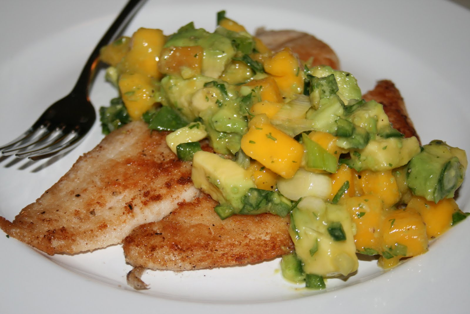how to make mango salsa for fish
