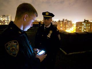 """""""Έξυπνα"""" τηλέφωνα για τους αστυνομικούς της Νέας Υόρκης πιλοτικά! Προσοχή! Αυτό είναι αλήθεια και δεν είναι περιγραφή από το Matrix!!!"""