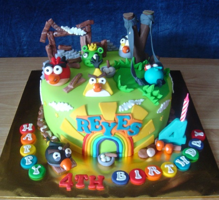 Bigmo Ne Ii Angry Bird Cake
