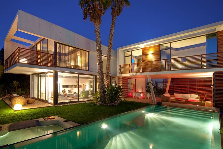 Passion for luxury luxury villa in sierra dorada spain for Modern houses in spain
