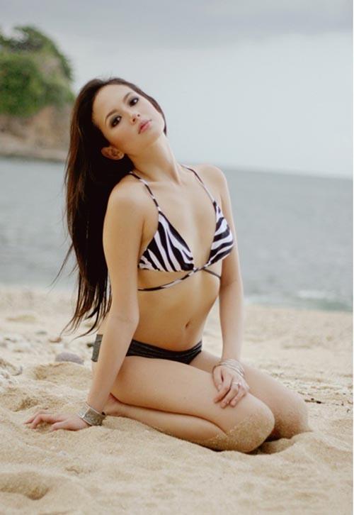 ellen adarna sexy bikini photos 02