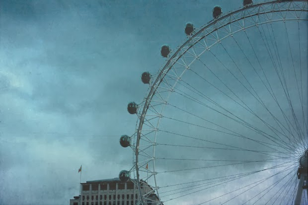 https://www.etsy.com/listing/181583984/london-eye-photo-uk-travel-fine-art?ref=shop_home_active_14