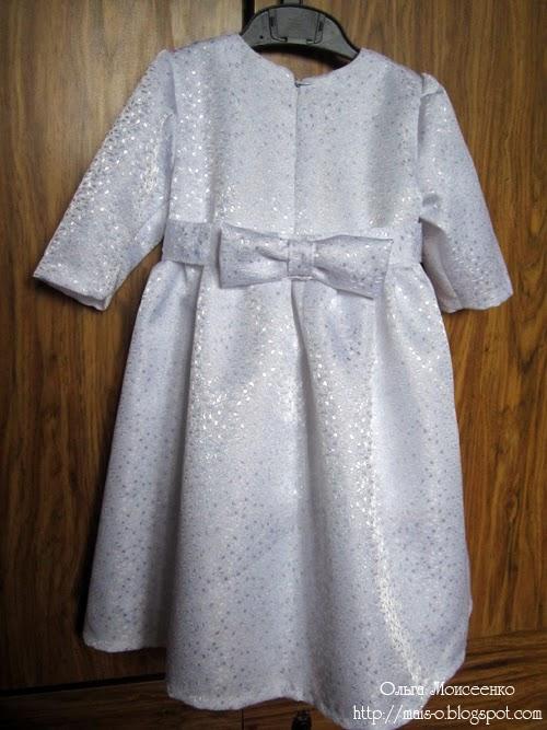 белое платье для девочки с бантом