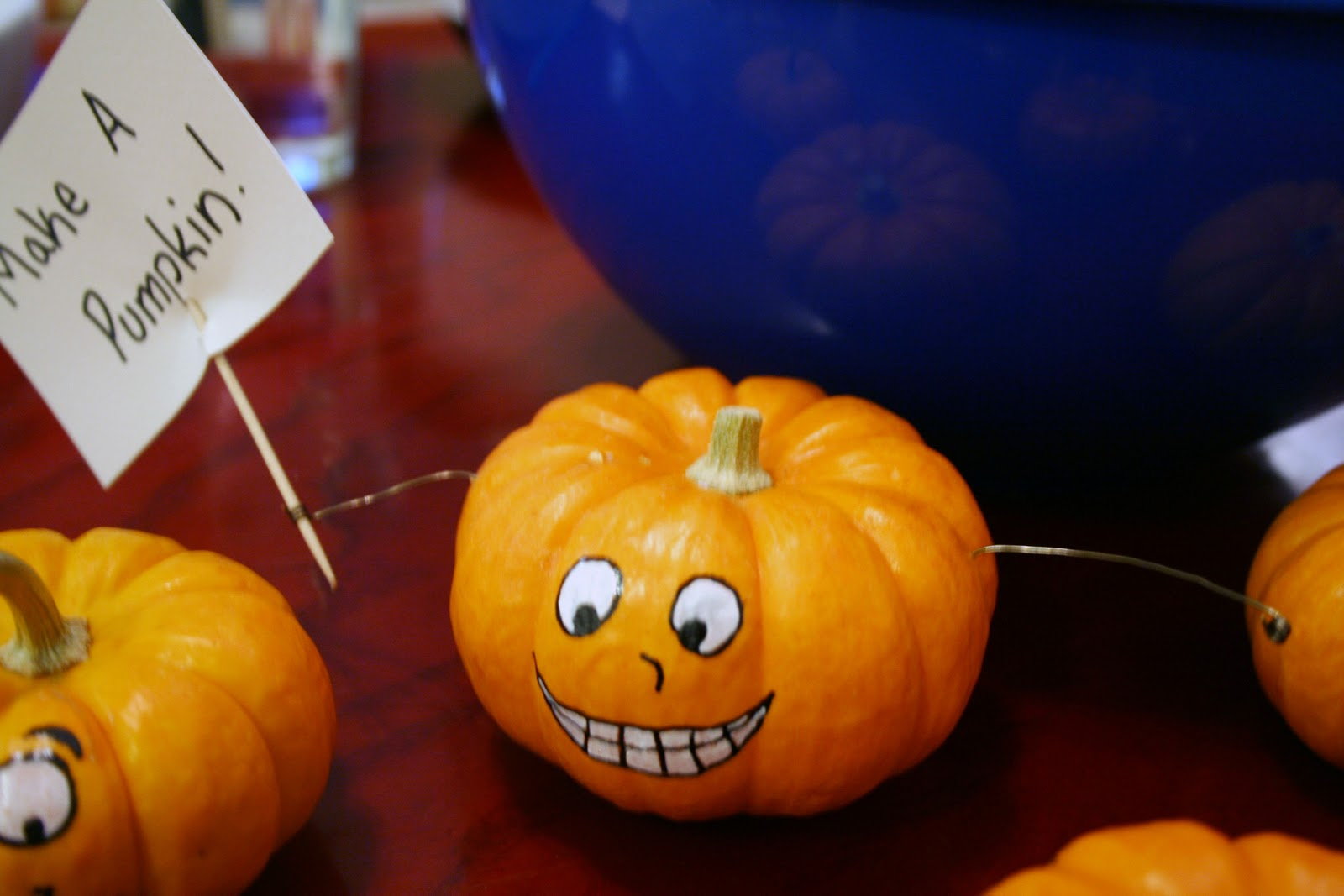 Mini pumpkin decorating ideas - But It Turned Out To Be Pretty Fun And Many Of Our Friends Went Home With A Cute Little Pumpkin Here Are Some Picture From The Night