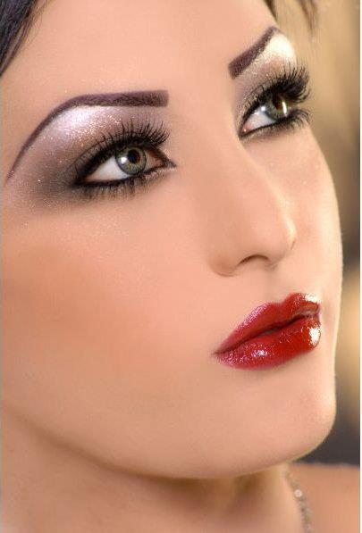 Wonderful Laiqa Hasan Latest Bridal Makeup Collection 2012  Wedding Party Make