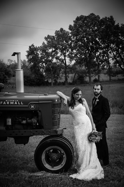Vintage Farm Wedding Photographer| Berryville Virginia