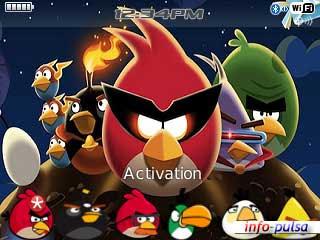 Tema Angry Birds untuk BlackBerry Curve 9220