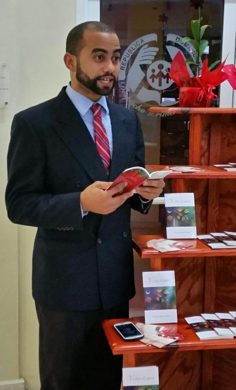 """Poeta dominicano Cristino Alberto Gómez, autor de """"Yo dije el amor""""."""