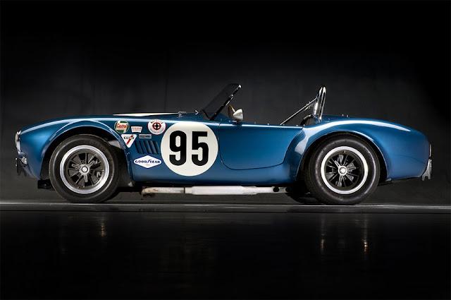 「ファクトリー・ファイブ・レーシング社」 | 1965 Factory Five Cobra Re-Creation