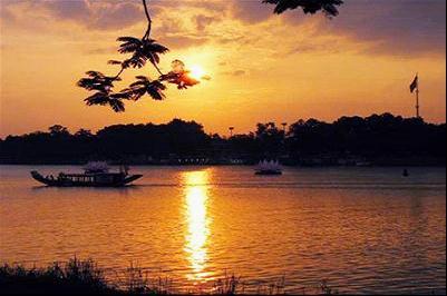 Sông Hương -Huế