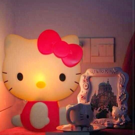 Lampu dinding hello kitty