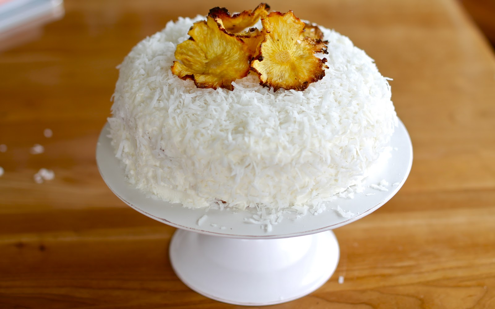 ... this cake. I just have one thing to say: PIÑA COLADAS ROCK MY LIFE
