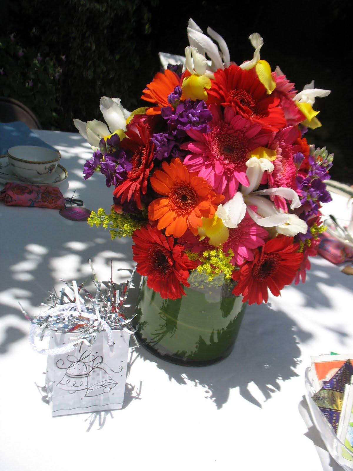 Poppet's Floral Design Studio: Bridal Shower Centerpieces
