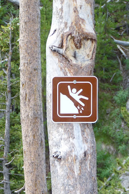 falling man sign at Kepler Cascades