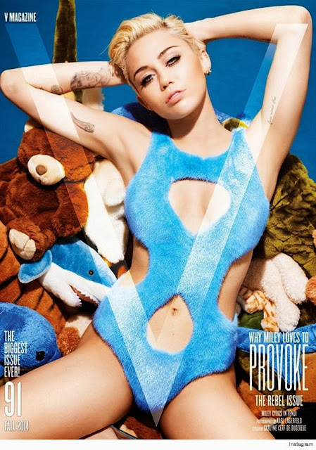 Miley Cyrus poses completely naked for new issue of V