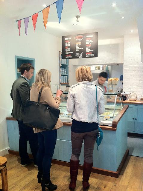 Udderlicious+review+Angel+Upper+Street+ice-cream+shop