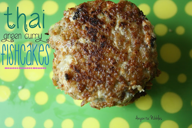 Thai Green Curry Fishcakes from www.anyonita-nibbles.com