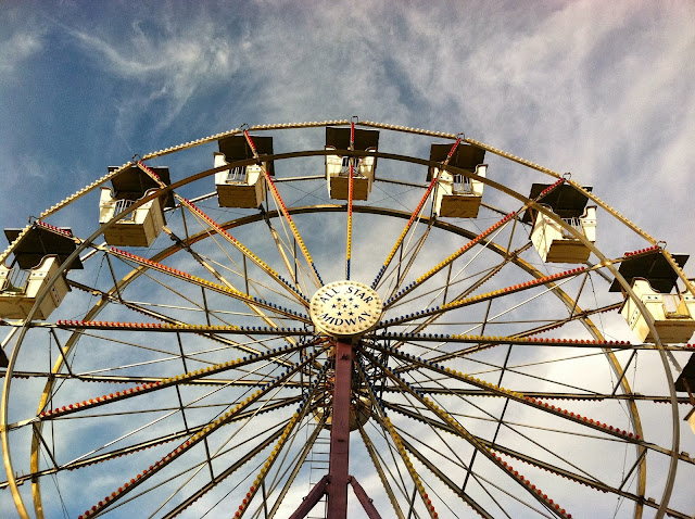 Farmingdale-Fair-Ferris-Wheel