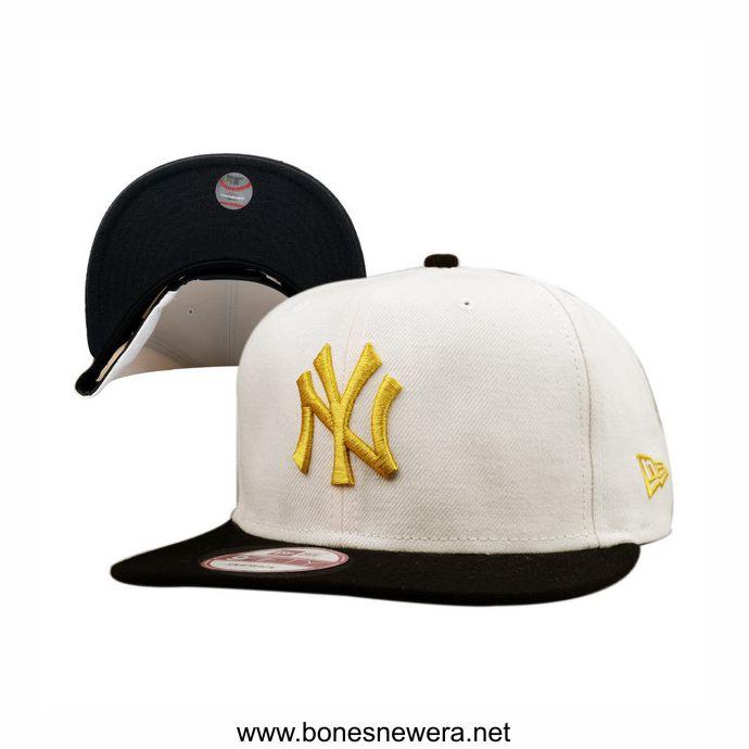 Boné New Era NY Yankees Branco, Preto, Dourado Snapback