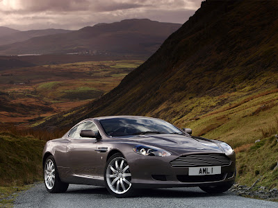 Aston Martin Vanquish Silver