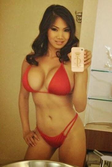 kai nude Xena selfie