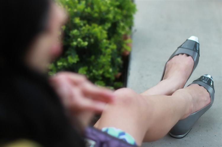 talbots grey metallic cap toe flats ombre grey shoes