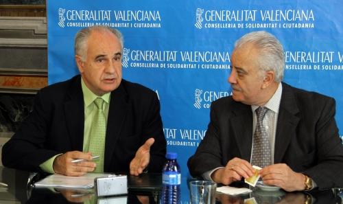 Blasco y el embajador de Ecuador firman un acuerdo de colaboración