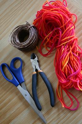 Corazones de lana para el día de la madre en Recicla Inventa