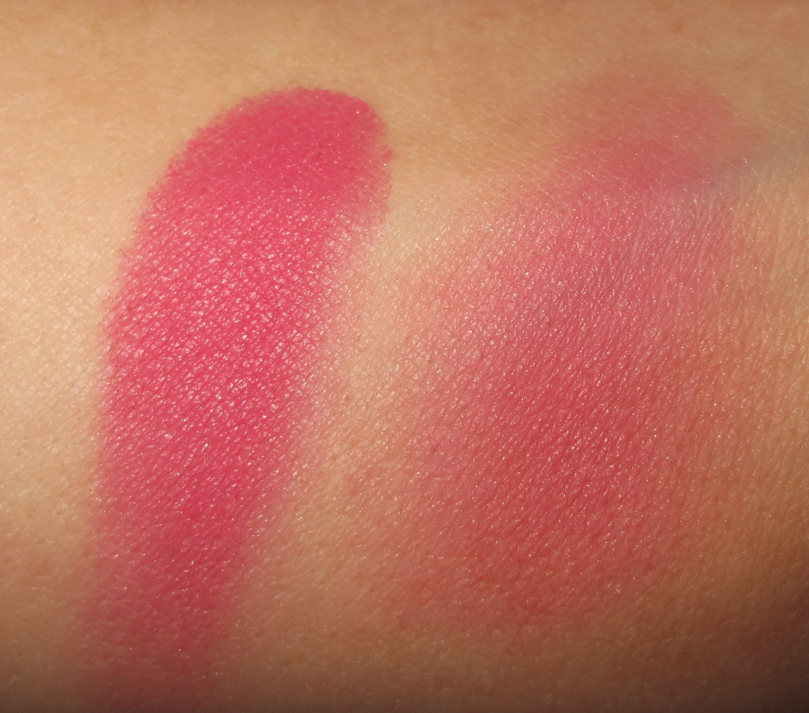Clinique Cheek Pop - Berry Pop swatches