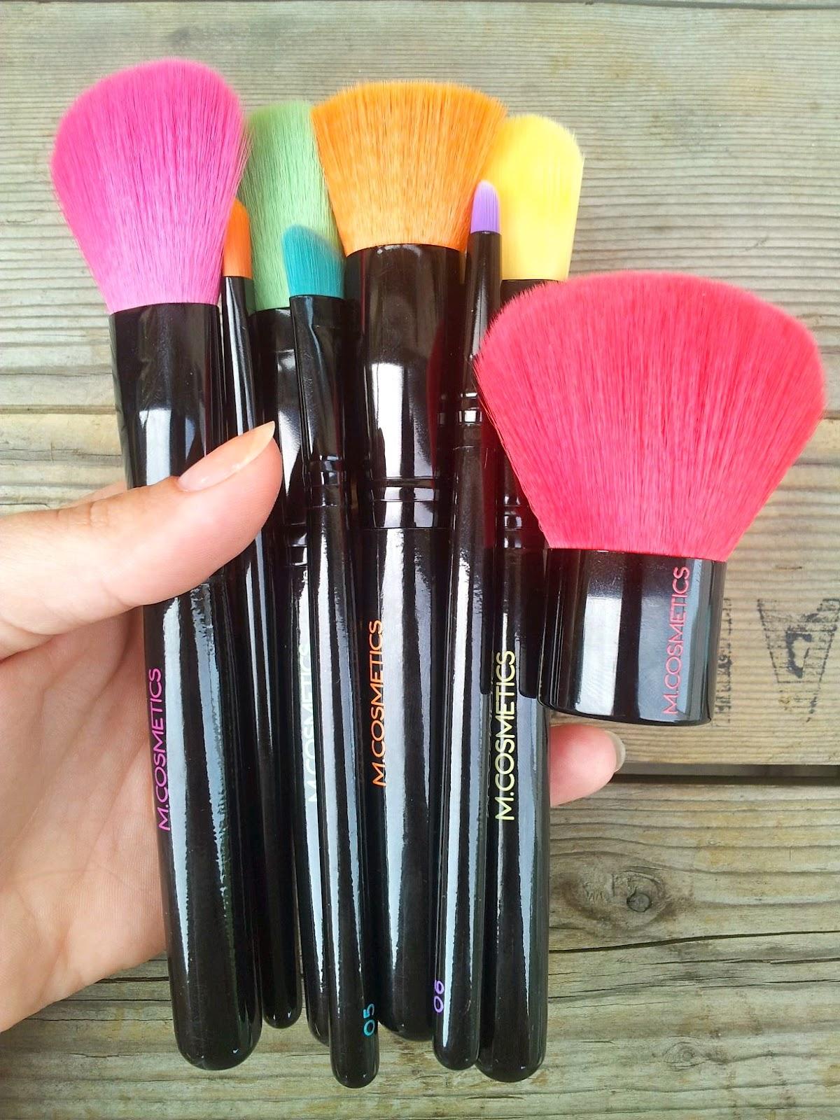 m cosmetics børste sæt