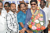 Real Star Srihari Birthday Celebrations Photos Stills-thumbnail-12