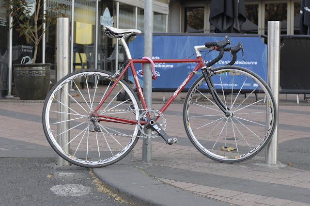 Swiss, single speed, tim Macauley, the Biketorialist, Melbourne, st Kilda st, bespoke custom, Australia, customisation, conversion, road bike, sram red, sram, Thomson, mavic, cool, the light monkey collective, frame