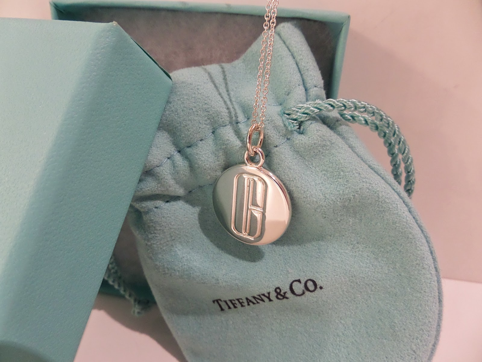 luxury designer consignment shop shop consign luxury designer