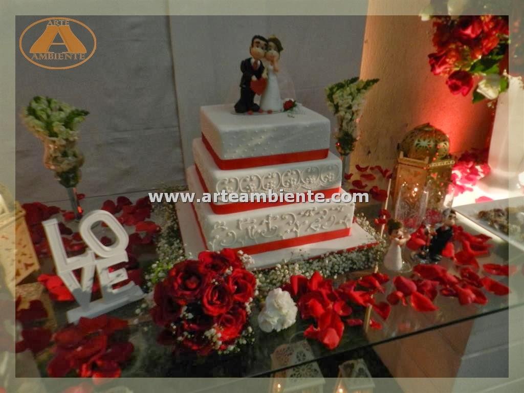 Decoração+de+casamento+vermelho+e+brancodouradoacmvanessa+e+alex+