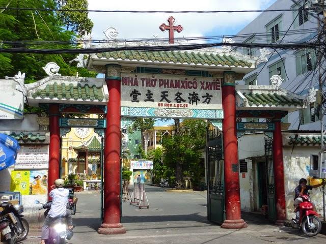 Chữ Hán - Nôm trong kiến trúc nhà thờ Công giáo Việt Nam