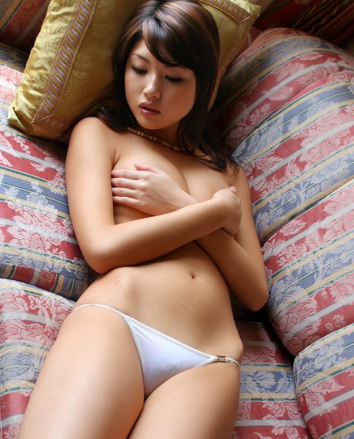 Erika Sato Photo