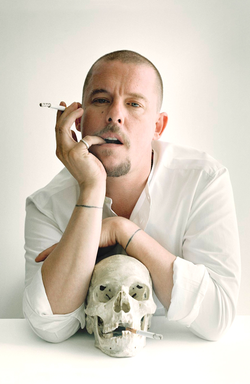 Alexander McQueen photographed by Tim Walker for Vogue UK October 2009 / Savage Beauty /  McQueen & I documentary to watch on line / via fashioned by love