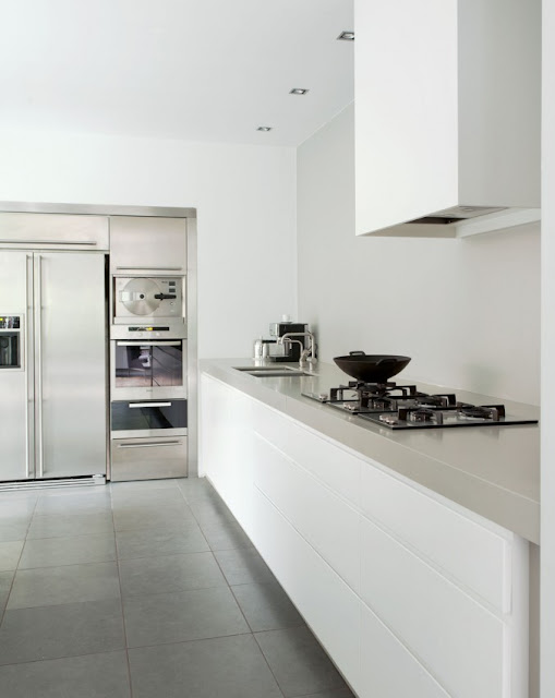 My scandinavian home a white home by remy meijers - Cocinas sin muebles arriba ...