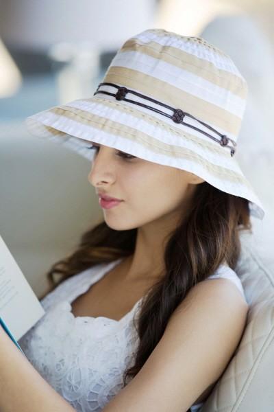 Must Haves: Short Brimmed Bucket Hats!