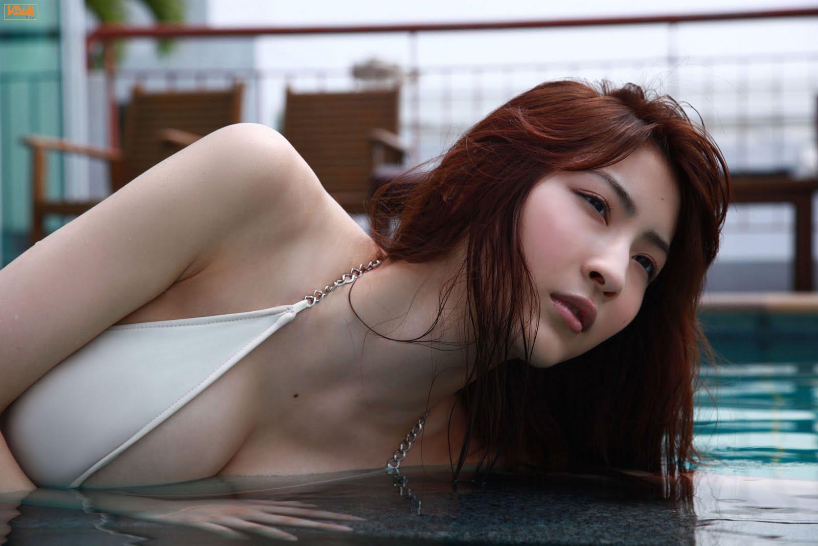 http://1.bp.blogspot.com/-CBs5AsuNpXk/TkEcKC_WvVI/AAAAAAAAGYI/5Y2b0VwL4Sk/s1600/asana-mamoru33.jpg