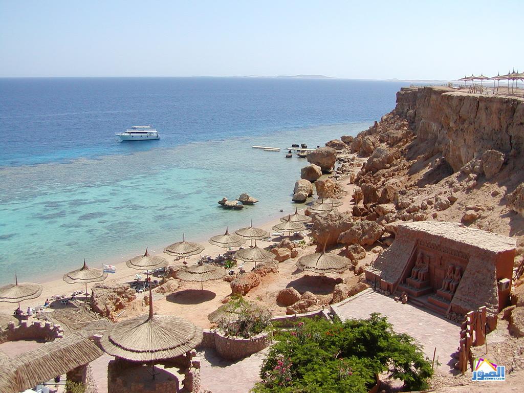 http://1.bp.blogspot.com/-CC48aaAHBkM/TZB24DOLVeI/AAAAAAAAACw/ZysREhhsx1w/s1600/Sharm-El-Sheikh-resort-244232008122045.jpg