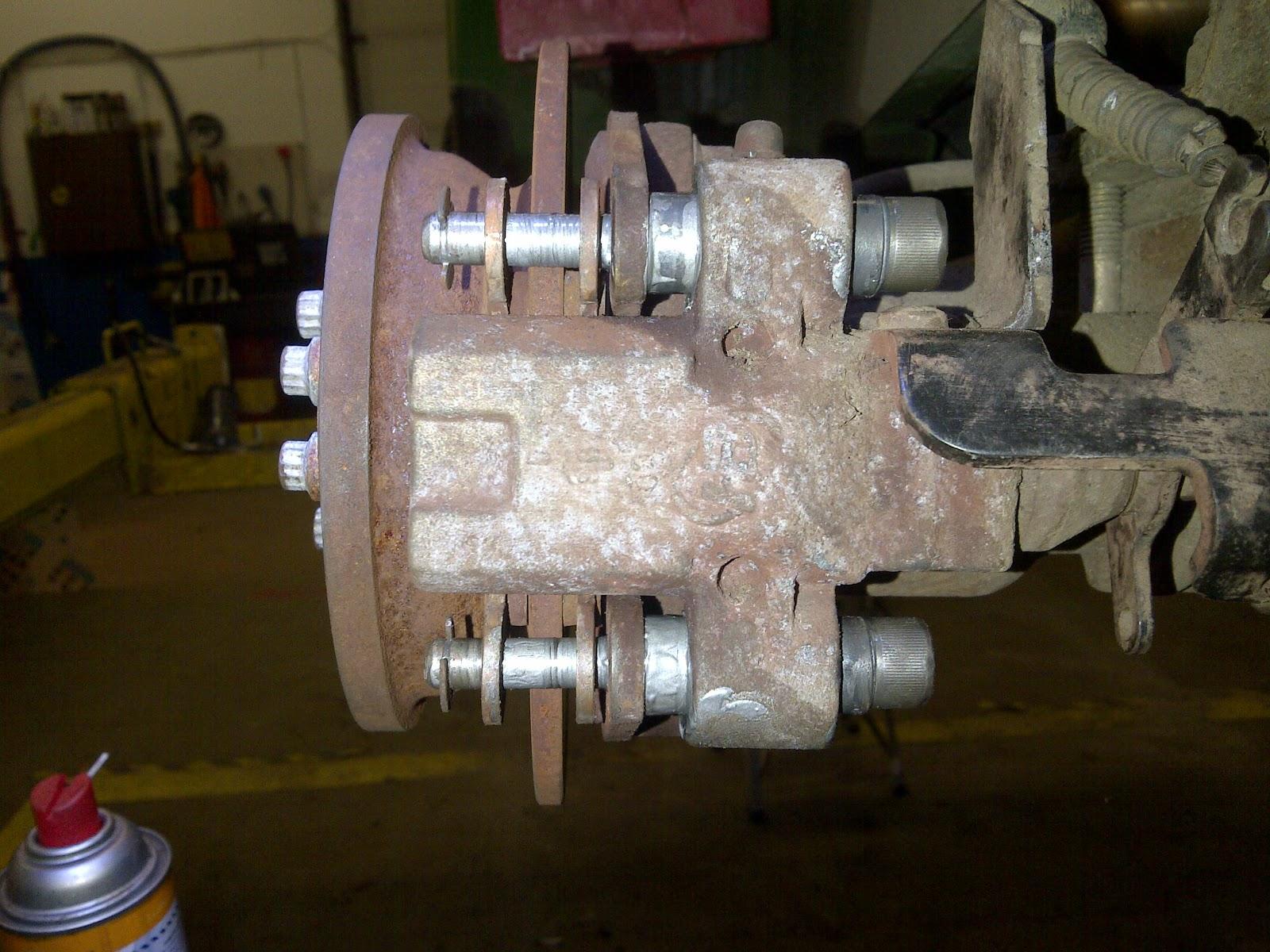 Bobs Shop TX Turf Gator Disc Brake service – John Deere Gator 2x4 Wiring Diagram