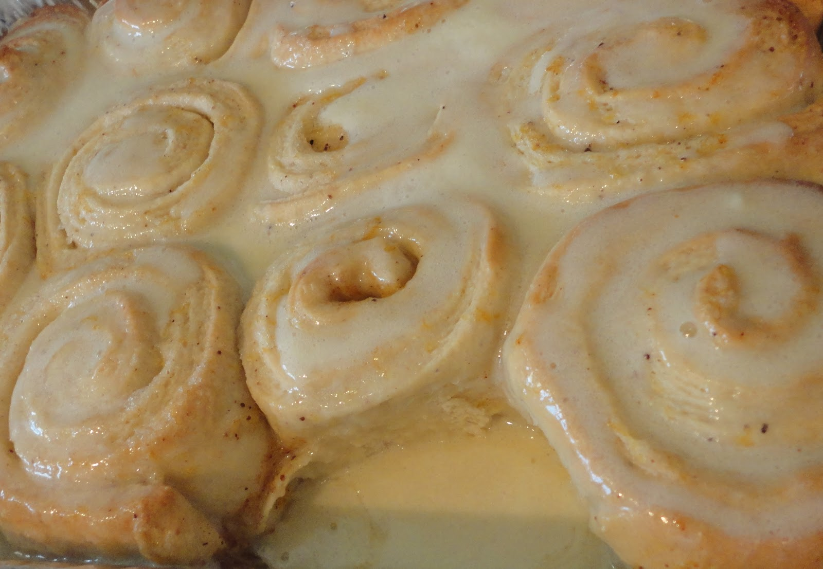 ... with Chilean flavor: Sticky Lemon Rolls with Lemon Cream Cheese Glaze