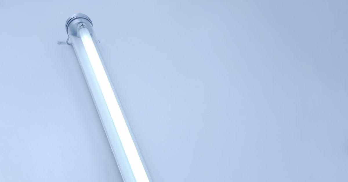 proporzione divina minimalist fluorescent luminaires. Black Bedroom Furniture Sets. Home Design Ideas