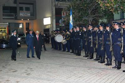 "Nικηφόρος Σ. Δαδάνης:Panem et Circenses.! ! ! "" Άρτος και Θεάματα "" προς τέρψιν του Φιλοθεάμονος Κοινού"